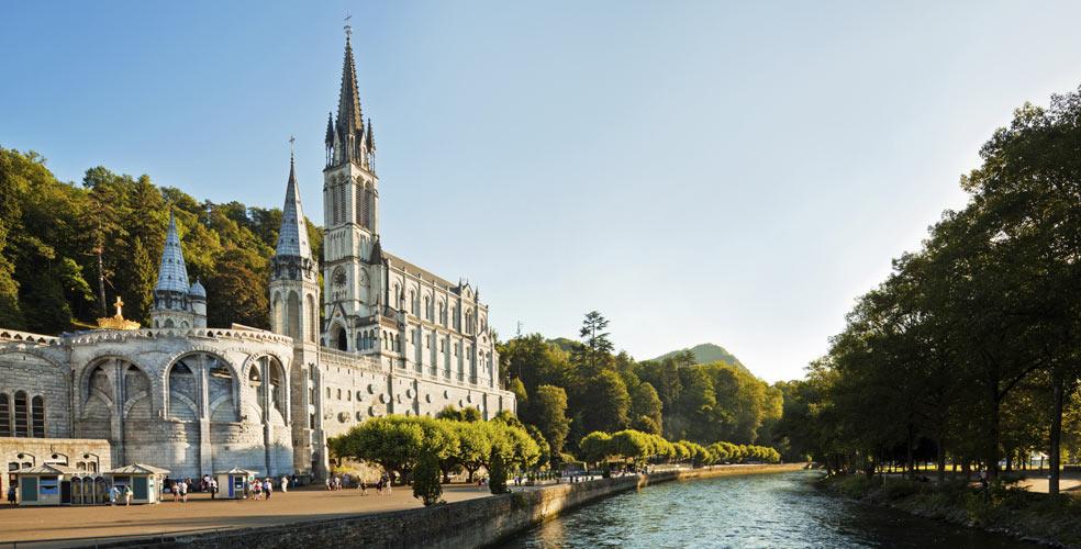 Hotel roissy Lourdes vecino al Santuario