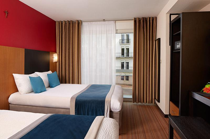 Rooms: Hotel Roissy Lourdes