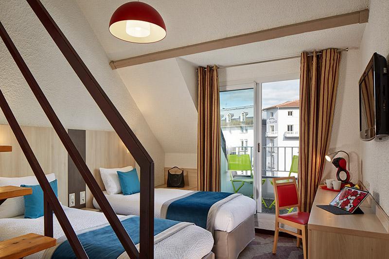 Hotel Lourdes 4 sterren ligt naast de grot heiligdom 4 peersoonkamer