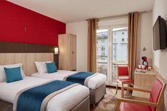 Hotel Roissy Lourdes twin deluxe room