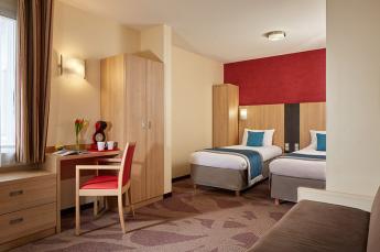 Hotel Roissy Lourdes vierpersoonskamer