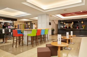 Hotel Roissy Lourdes bienvenida