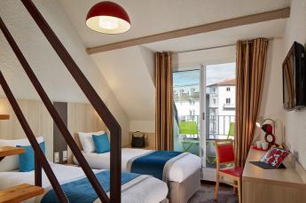 Hotel Roissy Lourdes chambre duplex