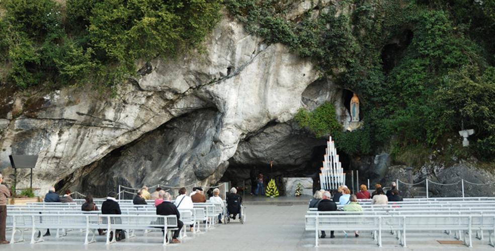 Hotel Lourdes proche de la grotte massabielle