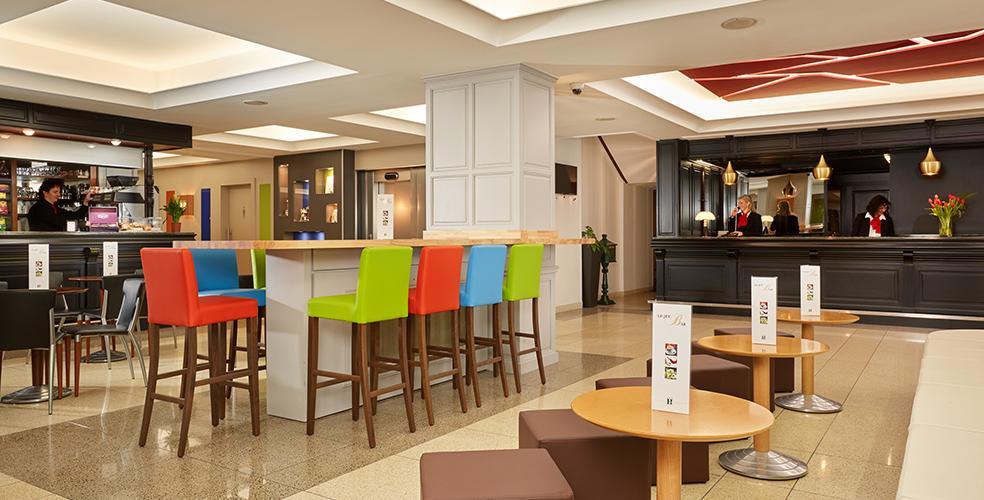 Hotel Roissy 4 etoiles à l entrée de la Grotte