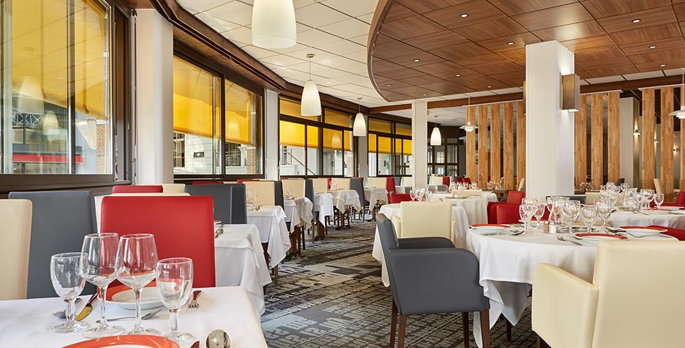 El restaurante del hotel, cerca de la Gruta de Lourdes
